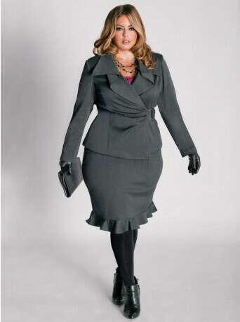Много красивой и стильной одежды для толстушки