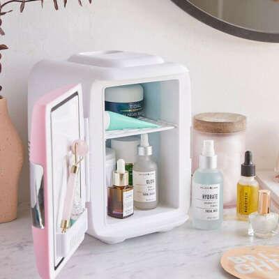Мини-холодильник для косметики