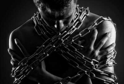 Закрыть кредит и больше никогда не подписываться на это рабство!