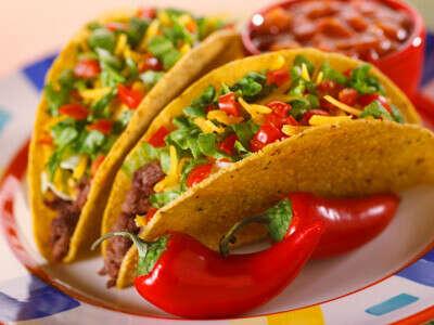 Попробовать мексиканское тако