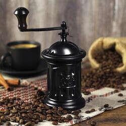 """Ручная кофемолка Tre Spade """"Macinacaffe"""" классическая (MC 13A, чёрная)"""