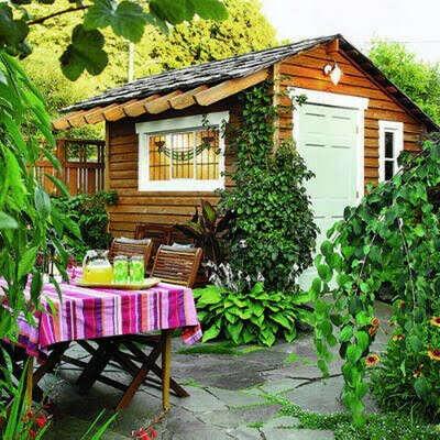 Летний дачный домик