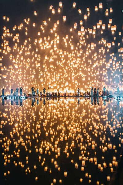 На фестиваль небесных фонариков