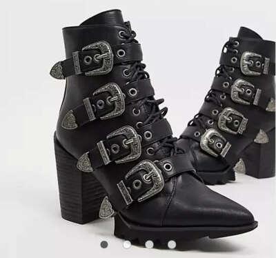 Черные ботинки на каблуке с пряжками Lamoda Don't Even