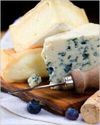 Разный вкусный сыр