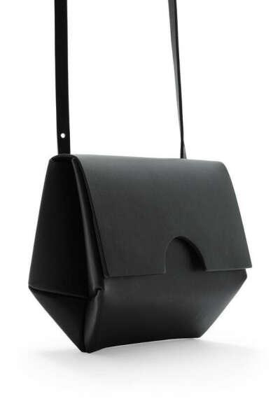 Классная чёрная сумка