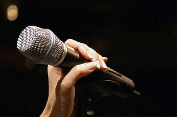Иметь красивый голос и научиться петь