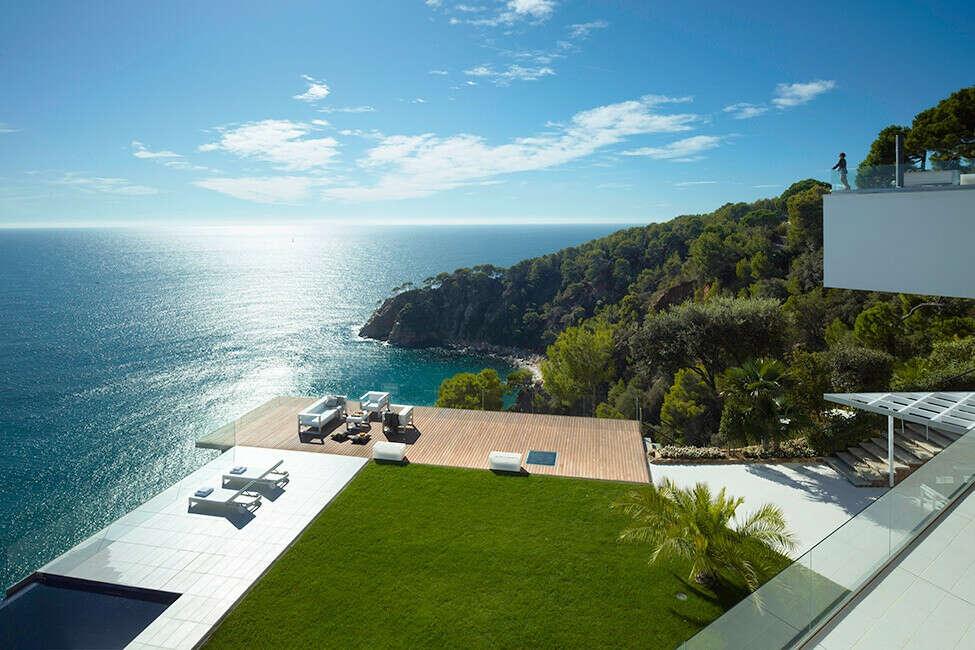 хочу дом с видом на море
