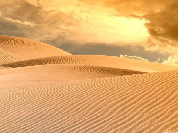 побывать в пустыне.