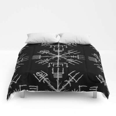 Vegvisir II Comforters by linnsetane