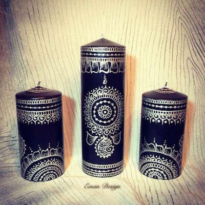 Черные свечи, чтобы потом их разукрасить белой краской.