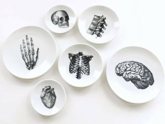Странные тарелки