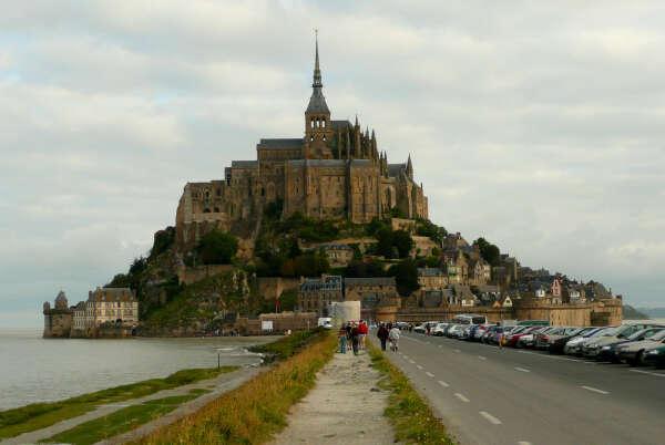 Посетить Mont Saint-Michel