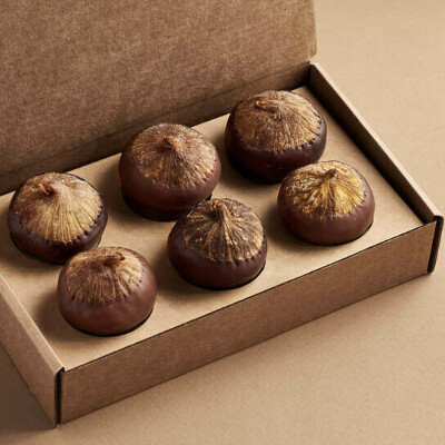 Подарочный набор MOJO CACAO (Инжир ассорти с шоколадно-ореховой пастой и цельным орехом)