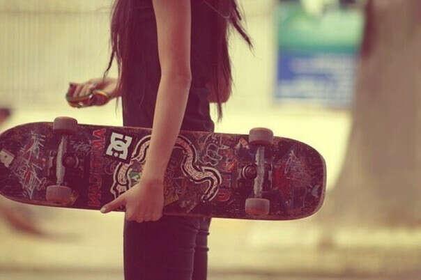 Хочу научиться кататься на скейтборде.