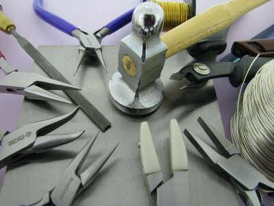 Инструменты для создания украшений из проволоки
