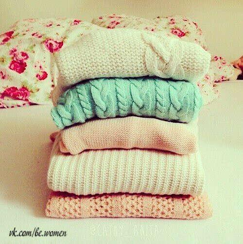 Много клевых свитеров =)