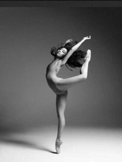 Пойти в школу танцев и заняться балетом))))