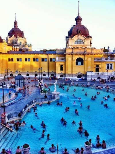 Искупаться в термах в Будапеште