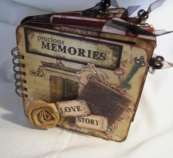 Создать альбом для фото и воспоминаний самой.