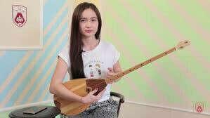 Научиться играть пару произведений на домбре (Learn to PLAY the instrument)