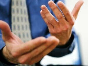 Выучить язык жестов