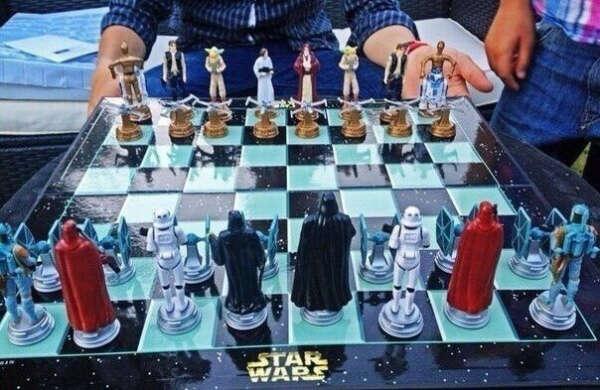 Шахматы Star Wars