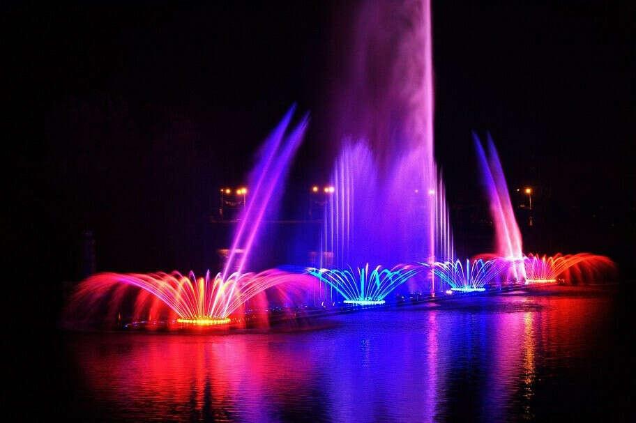 Посмотреть на музыкальный фонтан в Виннице!