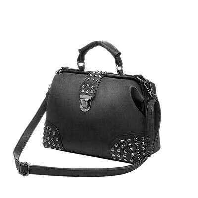 Женская винтажная сумка с заклёпками
