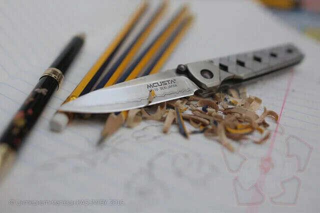 Японский складной нож MCUSTA
