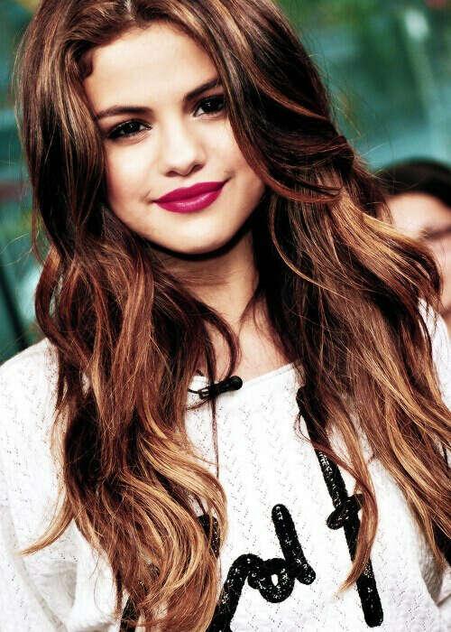 спеть с Selena Gomez