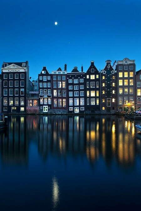 Съездить в Амстердам