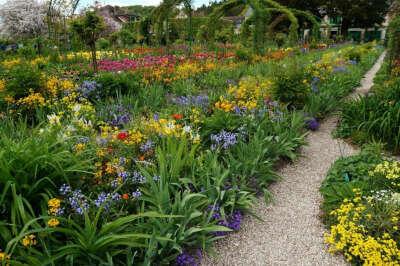 Посетить сад Моне в Живерни