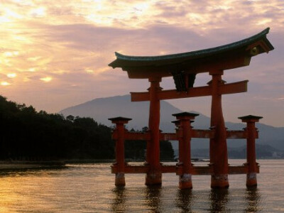 Съездить в Японию