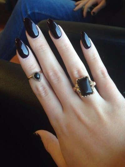 длинные ногти)