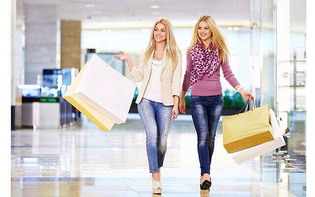 Сумасшедший шопинг с подругой