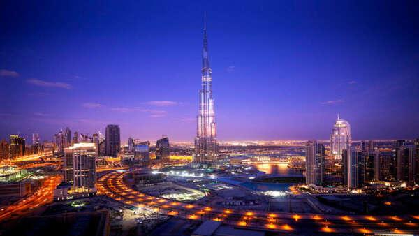 Поехать в Дубаи