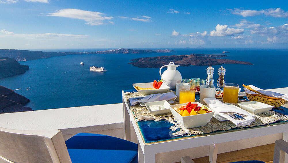 Завтрак с шикарным видом на океан