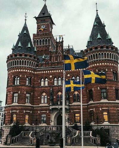 Поехать в Швецию
