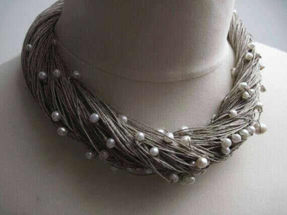 Ожерелье из бечевки и жемчуга