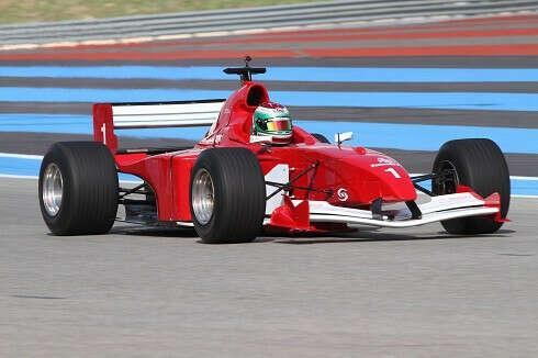 За рулем Формулы-1