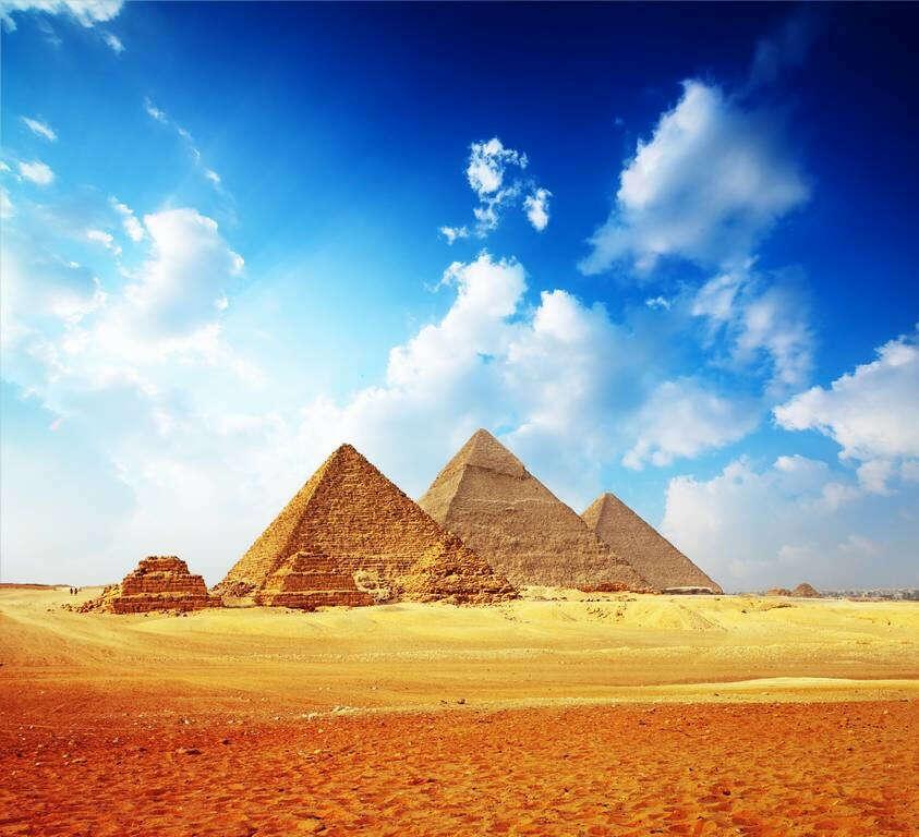 Посетить Египет и увидеть пирамиды