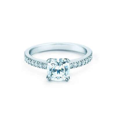 Tiffany & Co. - Tiffany Novo®