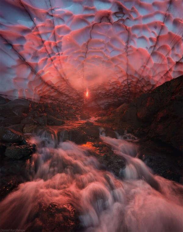 Побывать в ледяной пещере