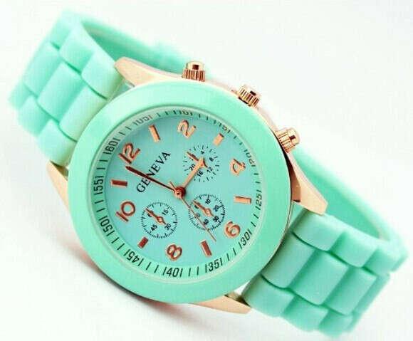 снова хочу часы! :)