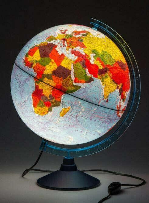 Глобус Земли физико-политический