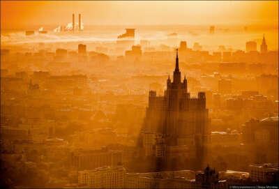Жить в Москве