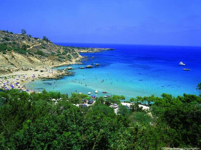 Слетать на Кипр