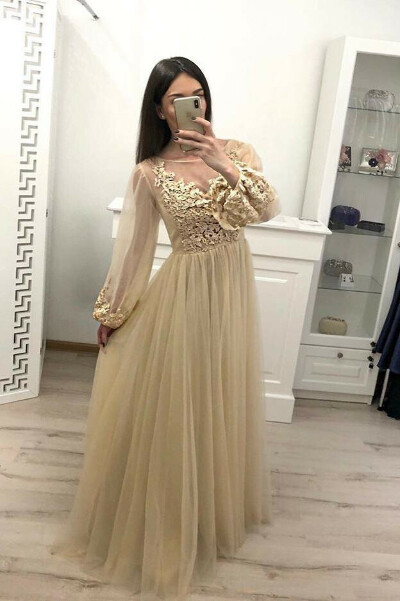 Stunning A Line Long Sleeve Tulle Appliques Prom Dresses PFP0679