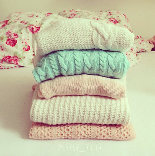 Тёплые вязаные свитера